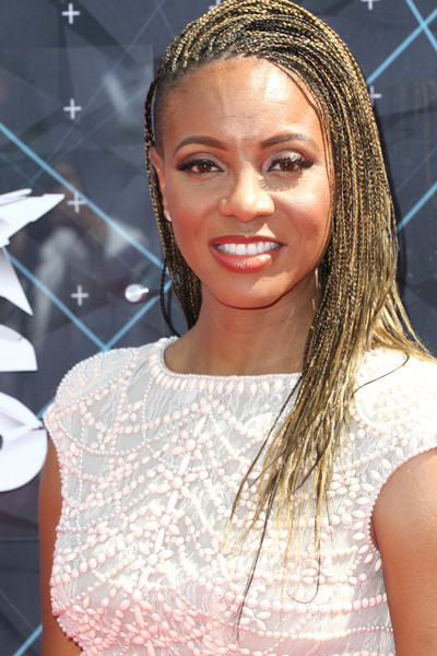 Hairstyles & Makeup Trends From The 2015 BET Awards 4