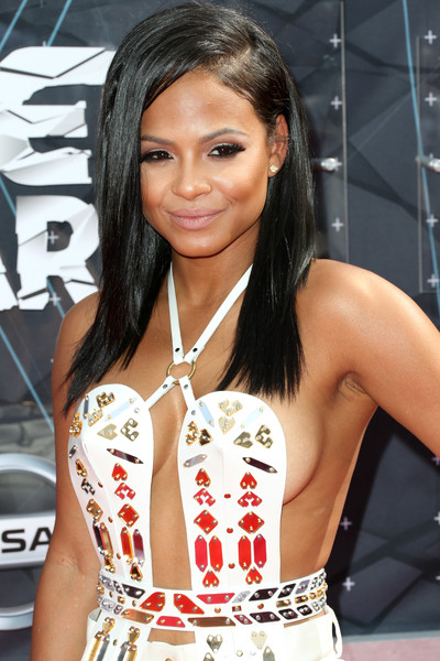 Hairstyles & Makeup Trends From The 2015 BET Awards 9