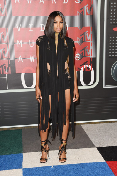 Ciara Debuts Sultry Lob At 2015 MTV Video Music Awards 3