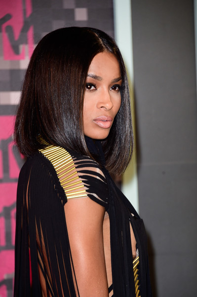 Ciara Debuts Sultry Lob At 2015 MTV Video Music Awards  6