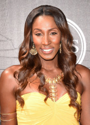 2015 Homecoming Hairstyles for Black Women 15