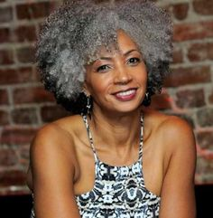 25 New Grey Hair Color Combinations For Black Women 2