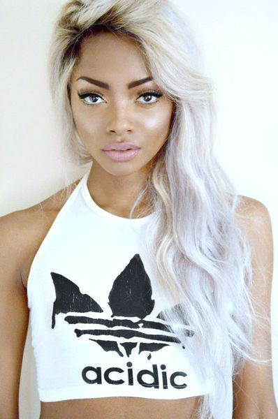 25 New Grey Hair Color Combinations For Black Women 22