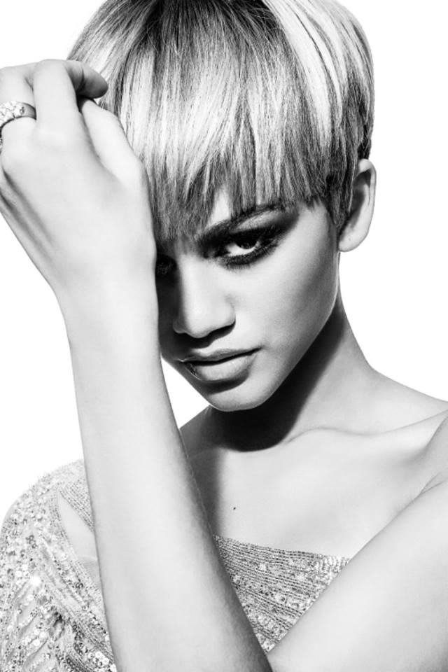 Zendaya Goes Blonde With New Pixie Haircut The Style