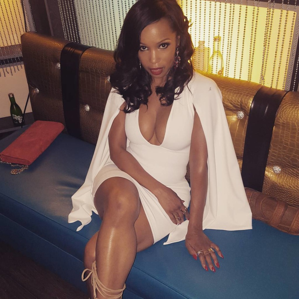 #Bodygoals Can We Look Like Elise Neal At Age 50 3