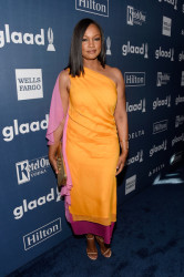 Hot Fashion Looks Spotted At The 27th Annual GLAAD Awards 4