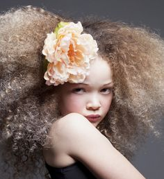 Now Trending - Floral Crowns & Natural Hair 11