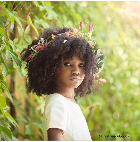Now Trending - Floral Crowns & Natural Hair 22