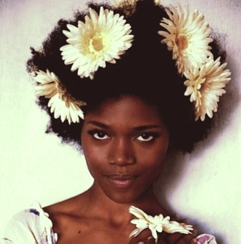 Now Trending - Floral Crowns & Natural Hair 4