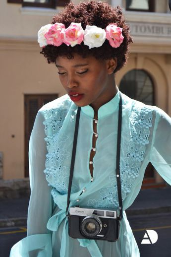 Now Trending - Floral Crowns & Natural Hair 6