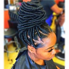 2017-faux-loc-hairstyles-ideas-21