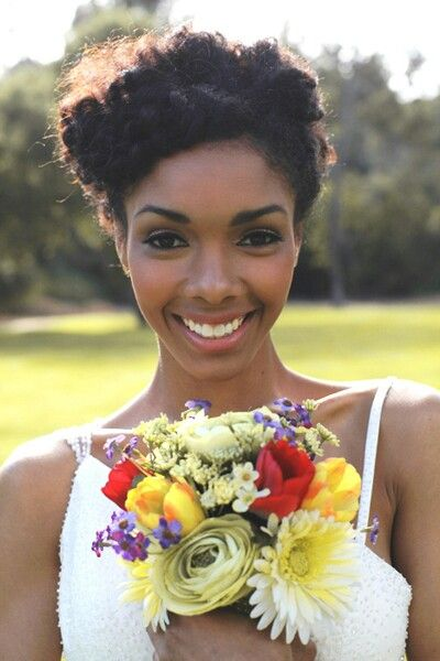 2017-wedding-hairstyles-for-natural-haired-brides-12