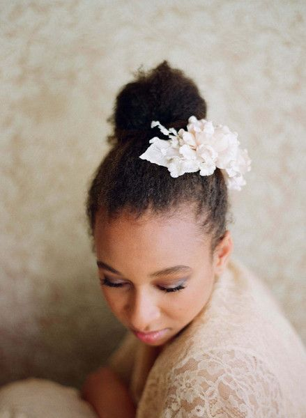 2017-wedding-hairstyles-for-natural-haired-brides-14