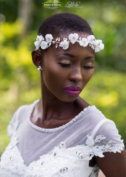 2017-wedding-hairstyles-for-natural-haired-brides-25