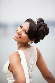 2017-wedding-hairstyles-for-natural-haired-brides-5