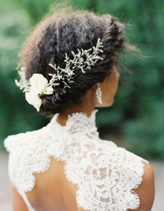 2017-wedding-hairstyles-for-natural-haired-brides-61