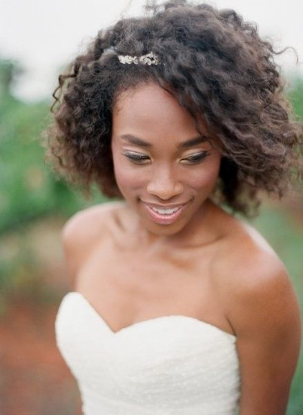 2017-wedding-hairstyles-for-natural-haired-brides-81
