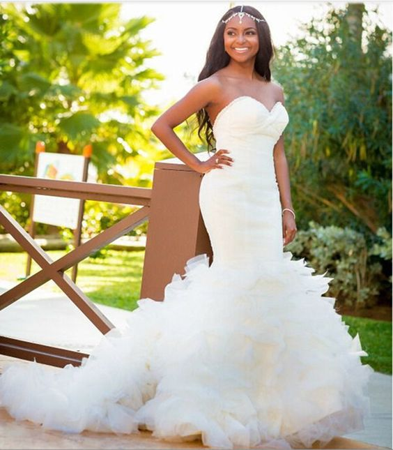43-black-wedding-hairstyles-for-black-women-curled-ends