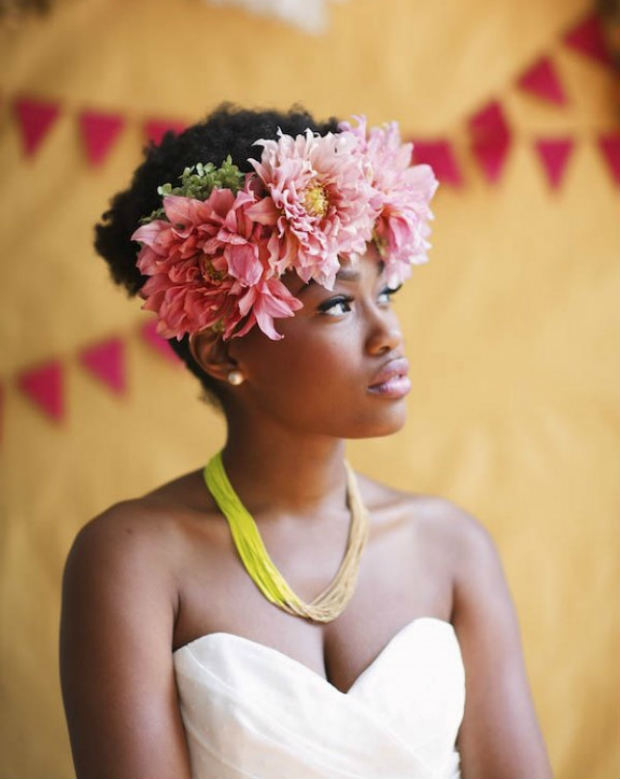 Now Trending - Floral Crowns & Natural Hair